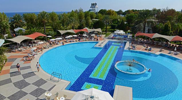 zwembad-queen-park-le-jardin