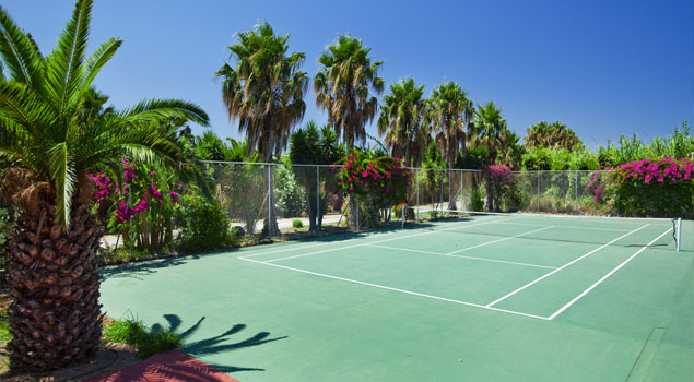 apollon-hotel-tennisbaan