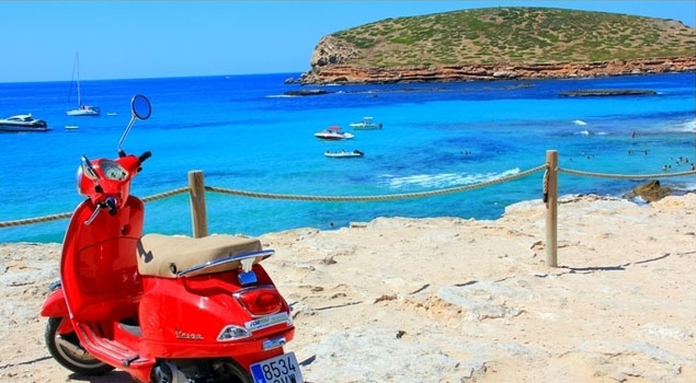 Scooter op Ibiza