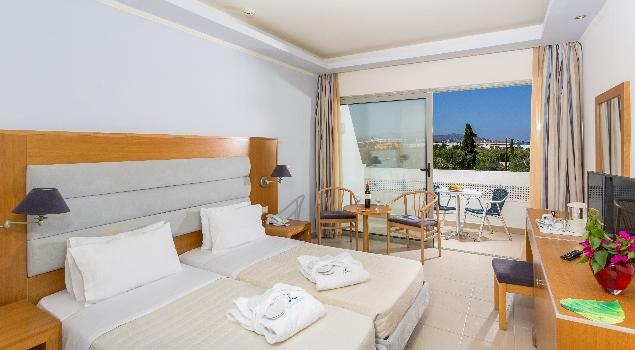 lydia-maris-resort-spa-room