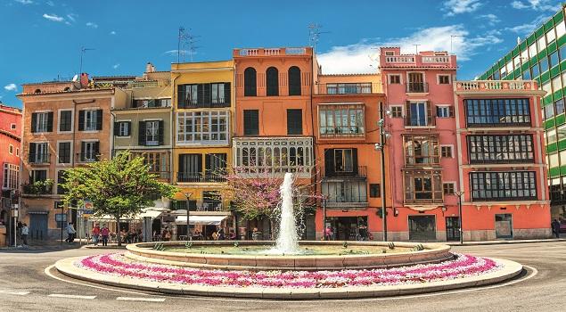 palma de mallorca_gekleurde huizen